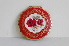 Vintage Stratton Red Roses Powder Compact by DaylightFrockery