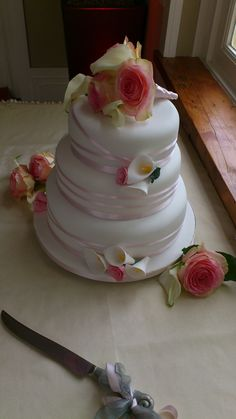 Chantilly Dreams and Alchemy - Bespoke, Artisan, Wedding Cakes - Based in Kinsale Co. Wedding Cakes, Artisan, Roses, Cookies, Desserts, Food, Wedding Gown Cakes, Crack Crackers, Tailgate Desserts