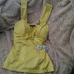 Beautiful satin tank top Xoxo yellow satin tank XOXO Tops Tank Tops