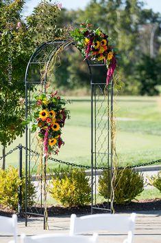 Wedding Flowers: Twinbrook Floral Design Weddings Venue: 1757 Golf Club | Timmester Photography_Clarkl Wedding-0172
