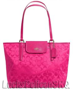 Cheap Coach HandBags Outlet wholesale . 3 ITEMS TOTAL  109 ONLY.   CoachFromAbove  CoachNewYorkStories a250c63f78775