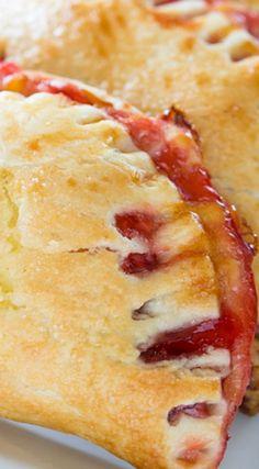 Quick and Easy Cherry Cheesecake Pie Bites
