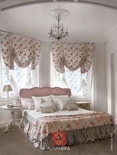 Cortinas bordadas con flores - Villalba Interiorismo