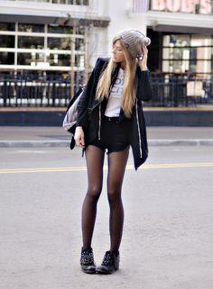 at-moda:  Quantas querem? #roupas #tendências #look #beleza #estilo #moda #inspiração #lookdodia #acessórios
