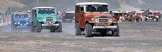 Jasa Sewa Jeep Bromo Murah |Sewa Jeep di Bromo, Sewa Murah Jeep di Bromo bromotourandtravel.com merupakan jasa layanan online paket wisata Bromo terpercaya.