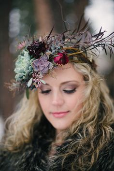 Rustic succulent flower crown | Bellamint Photography | see more on: http://burnettsboards.com/2014/03/snowy-rustic-perfectly-styled-engagement-shoot/