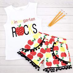 Unique Baby Girls Kindergarten Rocks Back to School Outfit STYLE [COOL]: Short sleeves and shorts make this the perfect outfit for days outside at the park, at play dates, at the beach and more. Perfect for the first days of school! Kindergarten Shirts, Kindergarten Rocks, Rock Outfits, Girl Outfits, Cute Outfits, Back To School Essentials, Back To School Outfits, Toddler Girl Style, Back To School Supplies