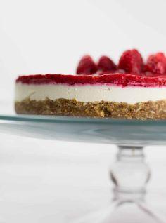 Raw Vegan Recipes, Vegan Dessert Recipes, Low Carb Desserts, Gluten Free Desserts, Real Food Recipes, Delicious Desserts, Raw Desserts, Vegan Sweets, Vegan Cheesecake