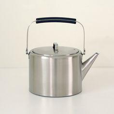 Lovely kettle...want!