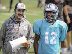 WK 10 - Montreal Alouettes quarterbacks coach Anthony Calvillo talks to starting quarterback Rakeem Cato during practice in Montreal Monday Aug. 24, 2015.