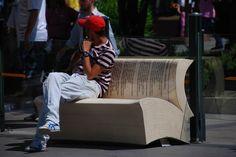 Уличный дизайн: 26 необычных лавочек и скамеек из разных стран