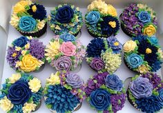buttercream flower bouquets
