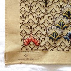 Bargello Needlepoint Canvas Williamsburg DIY by TextilesandThings Embroidery Sampler, Cross Stitch Embroidery, Cross Stitch Patterns, Knitting Patterns, Bargello Needlepoint, Needlepoint Canvases, Wool Thread, Sewing, Xmas Trees