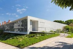 Instituto Ling/arquiteto Isay Weinfeld / Porto Alegre