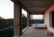 pezo von ellrichshausen casa pezo solo houses spain designboom