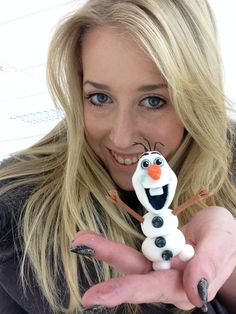 #cakedecorating #cake #fondant #sugarpaste #olaf #frozen #sugarcraft #aliceart #cute #snowman