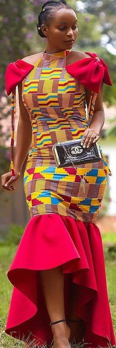 traditional african fashion which looks great African Dresses For Women, African Print Dresses, African Attire, African Wear, African Women, African Prints, African Style, African Fashion Ankara, Ghanaian Fashion