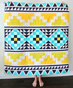 Mayan Mosaic Quilt 2019 Mayan Mosaic Quilt Suzy Quilts The post Mayan Mosaic Quilt 2019 appeared first on Quilt Decor. Quilting Projects, Quilting Designs, Southwestern Quilts, Southwestern Style, Half Square Triangle Quilts Pattern, Modern Quilt Blocks, Indian Quilt, Sampler Quilts, Contemporary Quilts