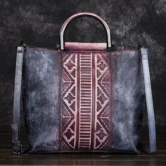 Trendy Handbags, Vintage Handbags, Leather Hobo Handbags, Tote Handbags, Custom Bags, Purses And Bags, Crossbody Bag, Shoulder Bag, Latest Fashion