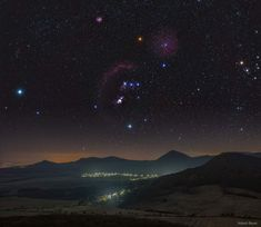Orion over the Central Bohemian Highlands ( NASA ) Hubble Space Telescope, Space And Astronomy, Nasa Space, Cosmos, Nebula Wallpaper, Astronomy Pictures, Nasa Images, Orion Nebula, Space Images