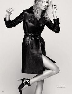 Harper's Bazaar Russia  In this picture:  Karolina Kurkova Credits for this picture:  David Roemer (Photographer)