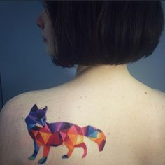 Sasha Unisex -- I've been planning to get a geometric fox for my next tattoo, and this is exactly what I want!