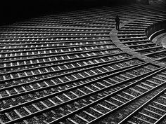 Schienenspinne Hamburg Altona 1950 / photo by Toni Schneiders