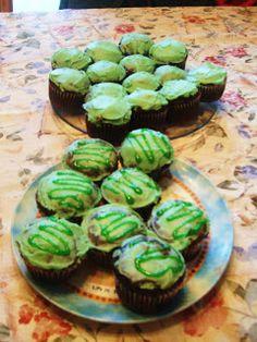Simple Savory & Satisfying: St. Patrick's Day Cupcakes
