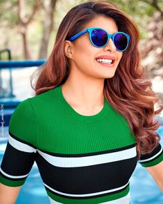 Fashion : Summer Bae sunglasses shades :To protect your fluffy eyes from U. Jacqueline Fernandez, Bollywood Celebrities, Bollywood Actress, Cool Sunglasses, Mirrored Sunglasses, Actresses With Black Hair, Glamour World, Summer Shades, Floral Pants