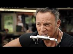 Bruce Springsteen 🎼 [The River (acoustic with song explanation by Bruce) ]