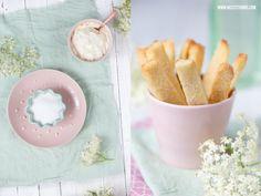Suesse Pommes / Fritten / Pie Fries mit Holundersahne und Brausezucker Rezept