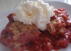Recipe For Strawberry Rhubarb Crisp   Bed and Breakfast Inns   BBOnline.com