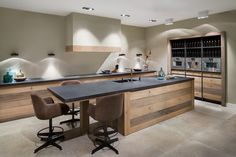 Choosing New Kitchen Sink Kitchen Interior, New Kitchen, Kitchen Decor, Beach House Kitchens, Home Kitchens, Canopy Cooker Hoods, Küchen Design, House Design, Cocinas Kitchen