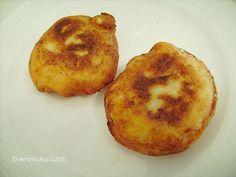 Bramborové koblížky s uzeným Gnocchi, Muffin, Breakfast, Food, Morning Coffee, Essen, Muffins, Meals, Cupcakes