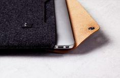Schöne Taschen und Cases aus Leder und Filz für iPhone und MacBook findet ihr bei Mujjo. Hier entdecken und kaufen: http://sturbock.me/Ljx