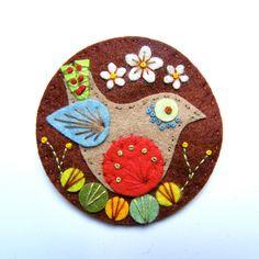 BIRDIE felt brooch pin with freeform embroidery - scandinavian style - Etsy