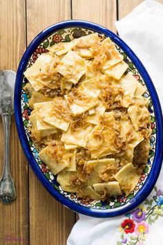 Hungarian Cabbage Noodles - the ultimate comfort food. Homemade egg noodles with cabbage and onions that have been caramelized until golden in butter. Croatian Recipes, Hungarian Recipes, Pasta Recipes, Dinner Recipes, Cooking Recipes, Cooking Tips, Dinner Ideas, Hungarian Cuisine, Hungarian Food