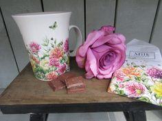 Flowery products by Janneke Brinkman, licensed by Orange Licensing.