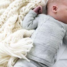 Ministrikk. For those big moments in life. #cominghomeset || Babyboom-sesongen er på vei. Pakk det mest dyrebare inn i de mykeste ministrikkdesignene. #hentesettet #babybohoblanket Patterns: #ministrikk