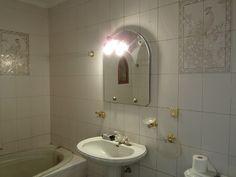 Baño BC con cuadros de azulejos - casa rústica - Badajoz - España
