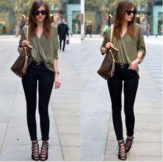 blusa verde militar, pantalones pitillo negros, sandalias negras con tacon