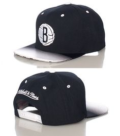 MITCHELL AND NESS Brooklyn Nets snapback cap Basketball NBA Embroidered logo Printed gradient brim Printed under brim MITCHELL AND NESS on back