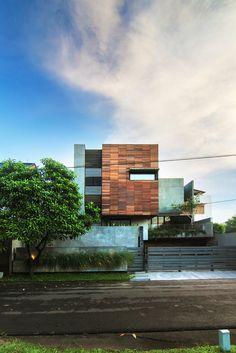 Vivienda Lumber Shaped-Box / Atelier Riri