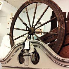 1920's spinning wheel.
