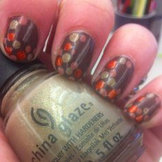 More polka dots, this time w Hunger Games colors.