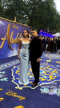Mena masoud and Naomi Scott they have amazing chemistry Aladdin Cast, Aladdin Live, Aladdin Princess, Disney Jasmine, Aladdin And Jasmine, Naomi Scott, Princess Jasmine Costume, Disney Collage, Punk Disney Princesses