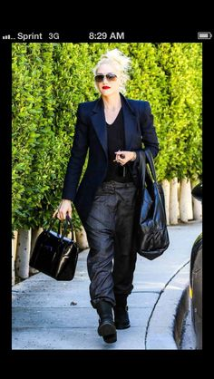 Love Gwen Stefani's style
