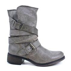 Steve Madden Brewzzer Ankle Boot #shophollyandbrooks