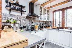 Piękna kuchnia: wnętrza w klasycznym stylu - Galeria - Dobrzemieszkaj.pl Kitchen, Design, Home Decor, Cooking, Decoration Home, Room Decor, Kitchens, Cuisine, Cucina