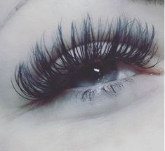 WHAT? These lashes are insane! Get some for yourself. . . . #lashextensions #eyelashes #beauty